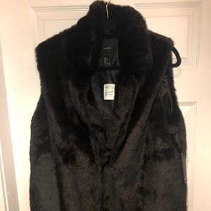 Forever 21 Faux Fur Black Vest Large NEW with tags